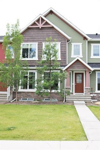 133 Aspen Hills Drive SW, Calgary, AB T3H 0P9 (#C4196669) :: Redline Real Estate Group Inc