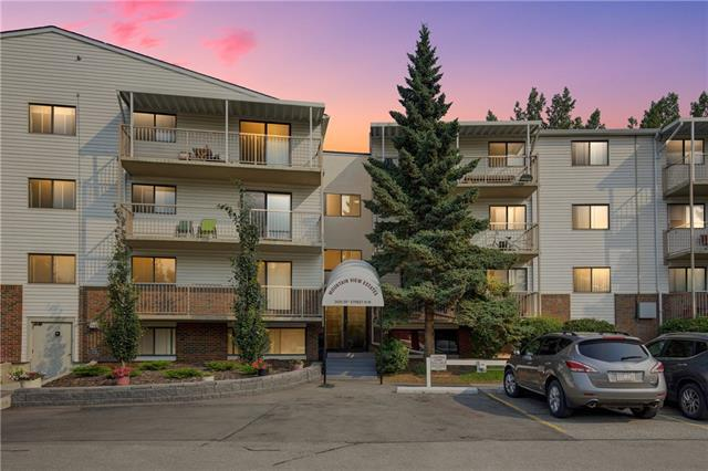 3420 50 Street NW #114, Calgary, AB T3A 2E1 (#C4196781) :: Canmore & Banff