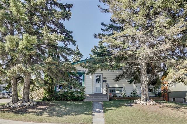 1424 106 Avenue SW, Calgary, AB T2W 0B7 (#C4196814) :: Your Calgary Real Estate