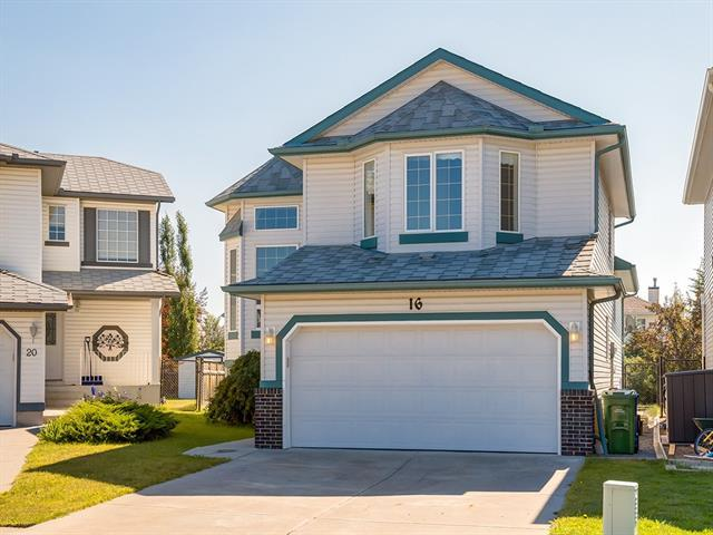 16 Citadel Meadow Court NW, Calgary, AB T3G 4K6 (#C4196873) :: Your Calgary Real Estate