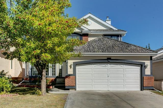 9985 Hidden Valley Drive NW, Calgary, AB T3A 5G4 (#C4196908) :: Calgary Homefinders