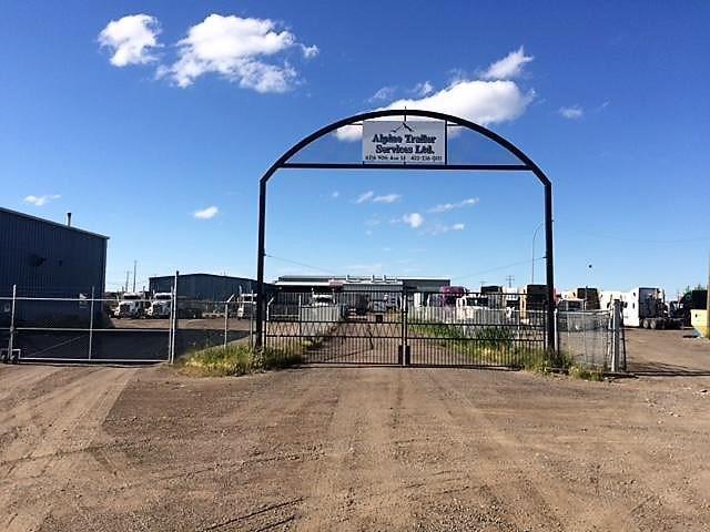 6216 90 Avenue SE, Calgary, AB T2C 2T3 (#C4196982) :: Redline Real Estate Group Inc