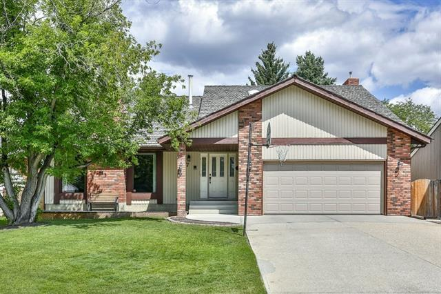 7 Silvergrove Crescent NW, Calgary, AB T3B 4M6 (#C4197019) :: Canmore & Banff