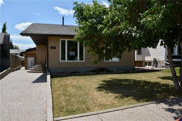 112 Millside Road SW, Calgary, AB T2Y 2R3 (#C4197028) :: Redline Real Estate Group Inc