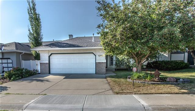 1352 Meadowbrook Drive SE, Airdrie, AB T4A 2B3 (#C4197033) :: Redline Real Estate Group Inc