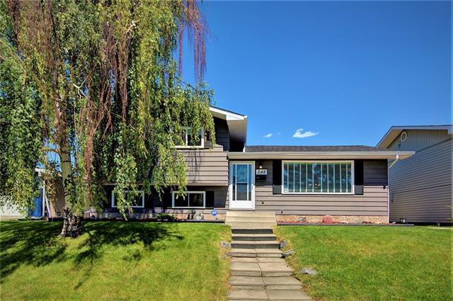 248 Queen Alexandra Road SE, Calgary, AB T2J 3P6 (#C4197117) :: Redline Real Estate Group Inc