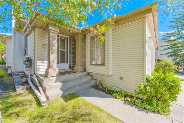 122 Millbank Hill(S) SW, Calgary, AB T2Y 2Z2 (#C4197223) :: Redline Real Estate Group Inc