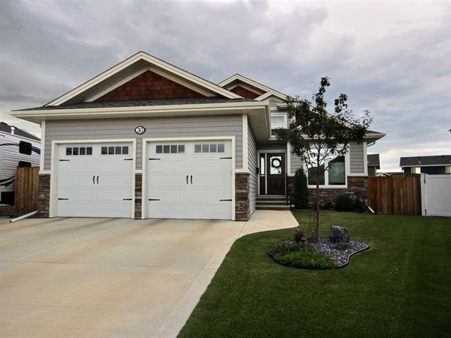 30 Vernon Close, Red Deer, AB T4R 0N3 (#C4197390) :: Calgary Homefinders