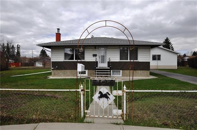 5136 18 Avenue NW, Calgary, AB T3B 0R2 (#C4197502) :: Canmore & Banff
