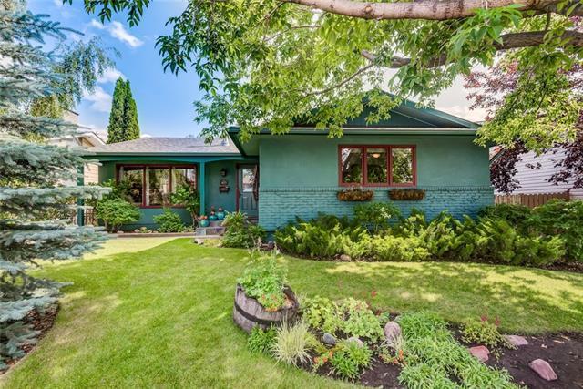 927 Maplecroft Road SE, Calgary, AB T2J 1W9 (#C4197574) :: Redline Real Estate Group Inc
