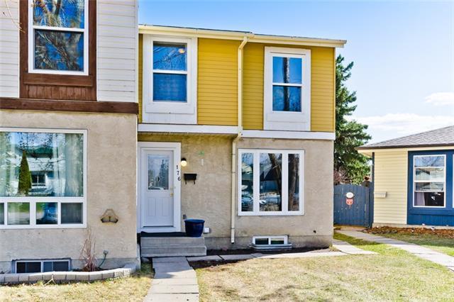 176 Abergale Close NE, Calgary, AB T2A 6J1 (#C4197622) :: Canmore & Banff