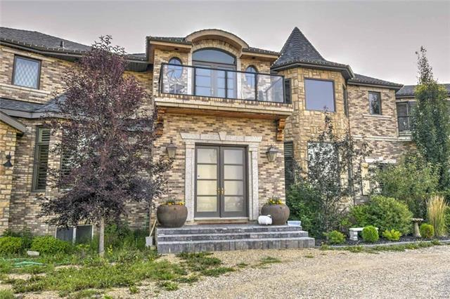 14 Glendale Estates Manor, Rural Rocky View County, AB T4C 0B6 (#C4197853) :: Your Calgary Real Estate