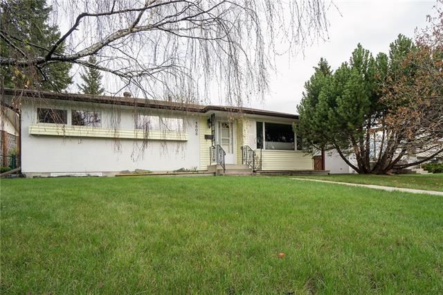 4808 Brockington Road NW, Calgary, AB T2L 1R6 (#C4198008) :: Canmore & Banff