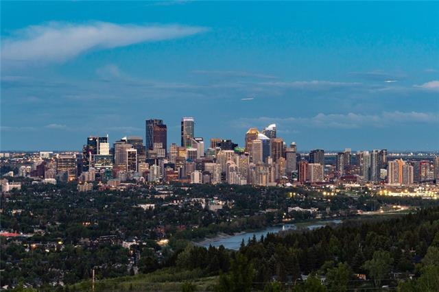 60 Prominence Point(E) SW, Calgary, AB T3H 3E8 (#C4198097) :: Redline Real Estate Group Inc