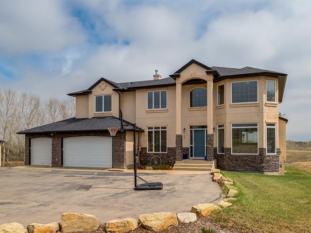 12 Cheyanne Meadows Gate, Rural Rocky View County, AB T2L 0Z2 (#C4198099) :: Calgary Homefinders