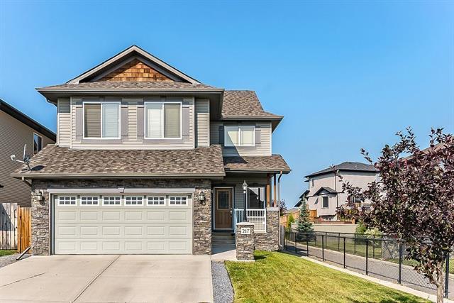 217 Cimarron Drive, Okotoks, AB T1S 0A8 (#C4198167) :: Redline Real Estate Group Inc