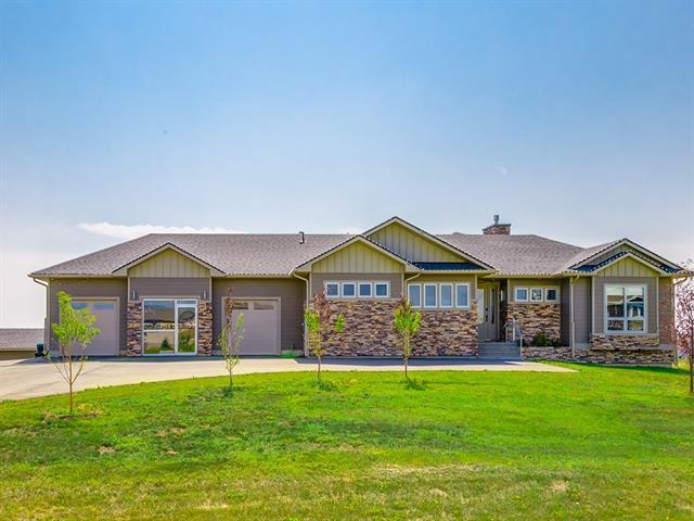 112 Green Haven Court, Rural Foothills M.D., AB T1S 1B2 (#C4198227) :: The Cliff Stevenson Group