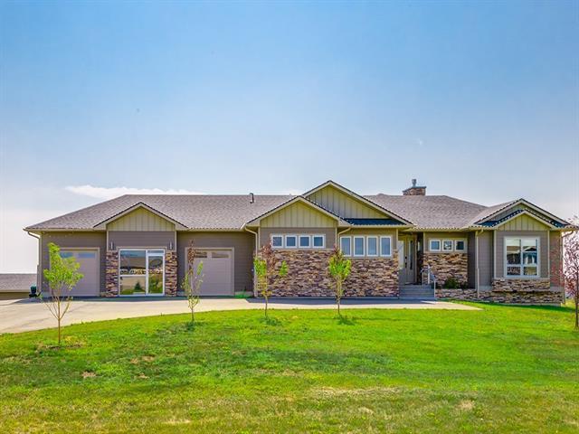 112 Green Haven Court, Rural Foothills M.D., AB T1S 1B2 (#C4198227) :: Redline Real Estate Group Inc
