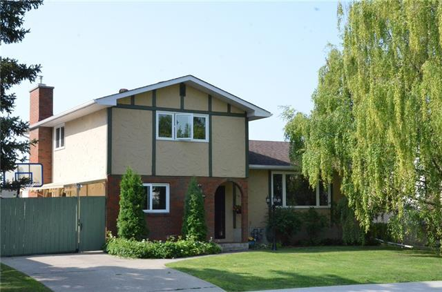 3711 Beaver Road NW, Calgary, AB T2L 1W9 (#C4198263) :: Canmore & Banff