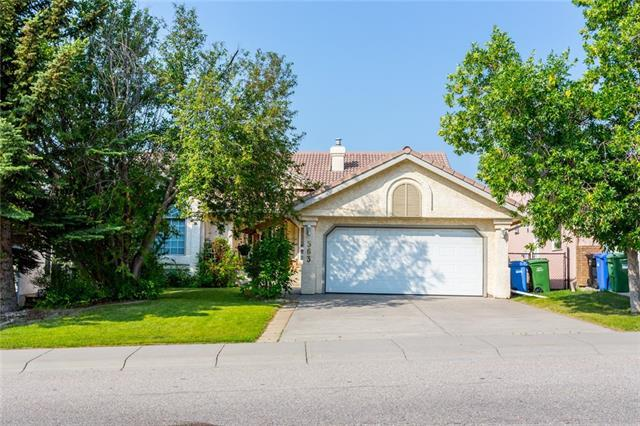 363 Scenic Acres Drive NW, Calgary, AB T3L 1T6 (#C4198316) :: The Cliff Stevenson Group