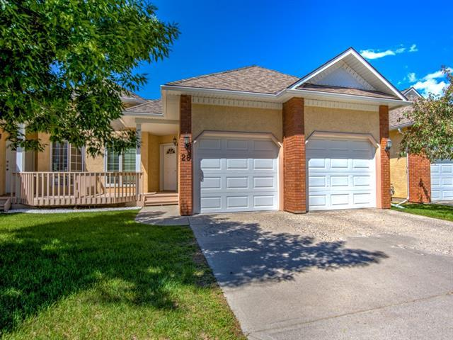 28 Prominence View SW, Calgary, AB T3H 3M8 (#C4198400) :: Redline Real Estate Group Inc