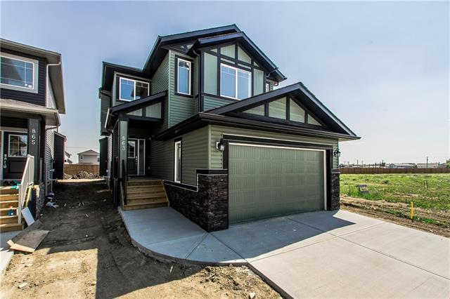 863 Hampshire Crescent, High River, AB T1V 0E4 (#C4198403) :: Redline Real Estate Group Inc