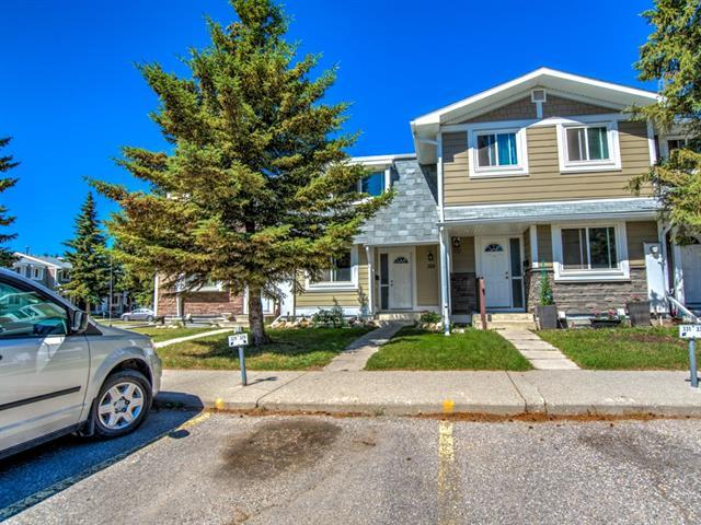 329 Georgian Villa(S) NE, Calgary, AB T2A 7E1 (#C4198431) :: Canmore & Banff