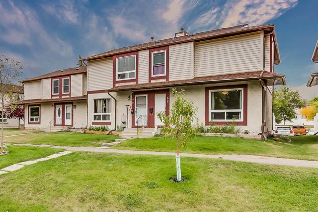 68 Deerpoint Road SE, Calgary, AB T2J 6M9 (#C4198514) :: Redline Real Estate Group Inc