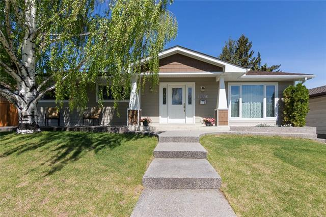 14556 Parkside Drive SE, Calgary, AB T2J 4J8 (#C4198590) :: Canmore & Banff