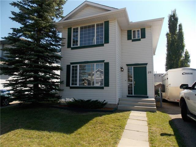 20 Woodside Circle NW, Airdrie, AB T4B 2H6 (#C4198598) :: Redline Real Estate Group Inc