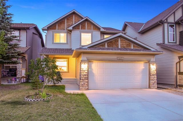 38 Panamount Street NW, Calgary, AB T2R 0W7 (#C4198628) :: Canmore & Banff