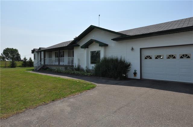 11809 146 Avenue SE, Calgary, AB T2C 3W5 (#C4198687) :: Redline Real Estate Group Inc