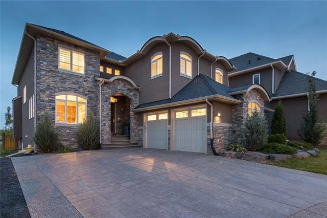 19 Westland Manor SW, Calgary, AB T3H 0X7 (#C4198748) :: The Cliff Stevenson Group