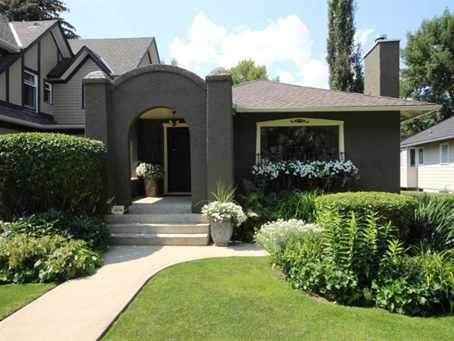 3411 6 Street SW, Calgary, AB T2S 2M5 (#C4198785) :: Your Calgary Real Estate