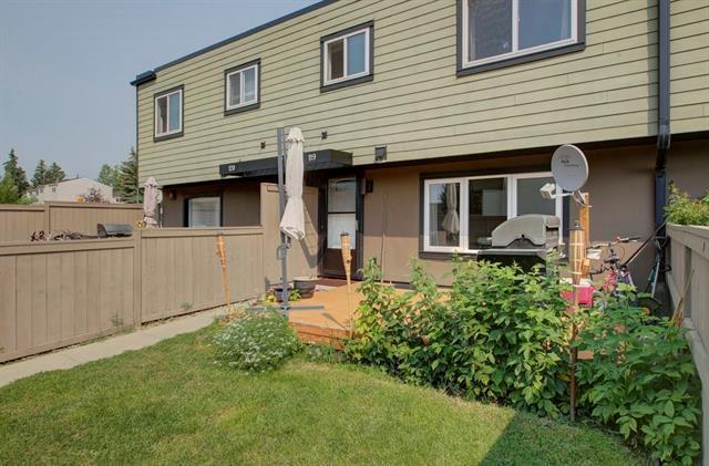 3809 45 Street SW #119, Calgary, AB T3E 3H4 (#C4198800) :: Redline Real Estate Group Inc