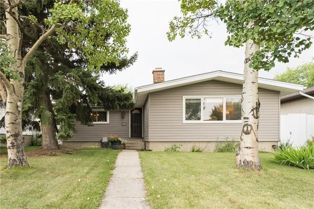 4427 3 Street NE, Calgary, AB T2E 3L2 (#C4198825) :: Redline Real Estate Group Inc