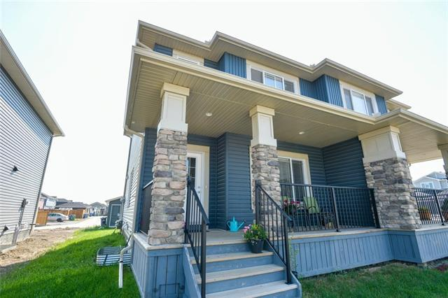 49 Willow Mews, Cochrane, AB T4C 2N3 (#C4198888) :: Redline Real Estate Group Inc