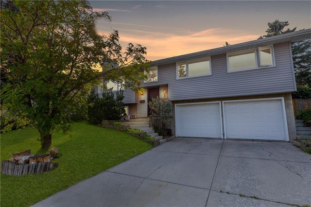 3003 Underhill Drive NW, Calgary, AB T2N 4E4 (#C4199237) :: Redline Real Estate Group Inc