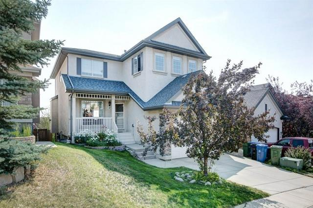 119 Edgeridge Circle NW, Calgary, AB T3A 6J1 (#C4199326) :: Redline Real Estate Group Inc