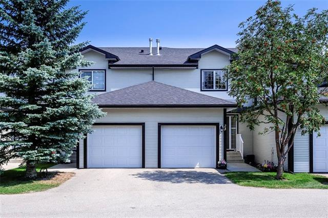 12 Silver Creek Boulevard NW #23, Airdrie, AB  (#C4199430) :: Canmore & Banff