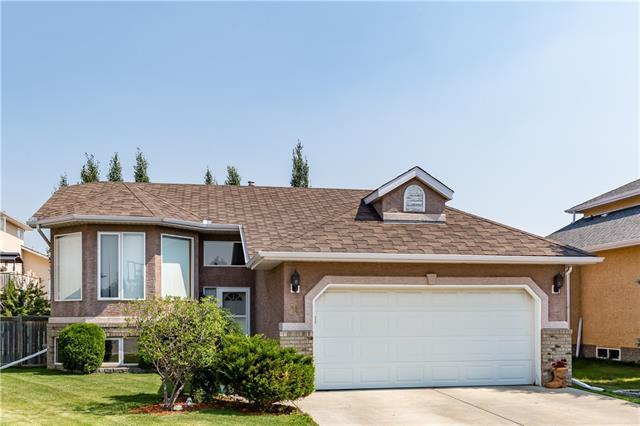 84 West Terrace Crescent, Cochrane, AB T4C 1R9 (#C4199519) :: Redline Real Estate Group Inc