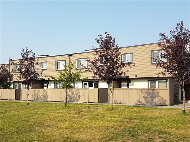 3809 45 Street SW #112, Calgary, AB T3E 3H4 (#C4200610) :: Redline Real Estate Group Inc