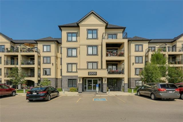 310 Mckenzie Towne Gate SE #2105, Calgary, AB T2Z 1E6 (#C4200612) :: Redline Real Estate Group Inc