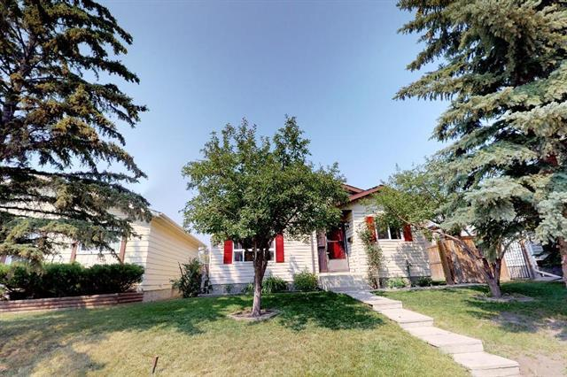20 Abbercove Drive SE, Calgary, AB T2A 6Y8 (#C4200637) :: Canmore & Banff