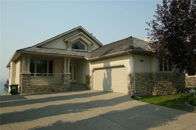 132 Gleneagles Landing, Cochrane, AB T4C 1W3 (#C4200730) :: Your Calgary Real Estate