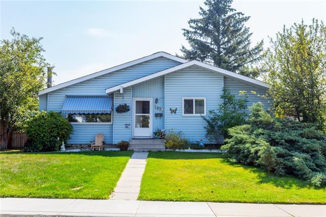 1631 76 Avenue SE, Calgary, AB T2C 1P6 (#C4200737) :: Canmore & Banff