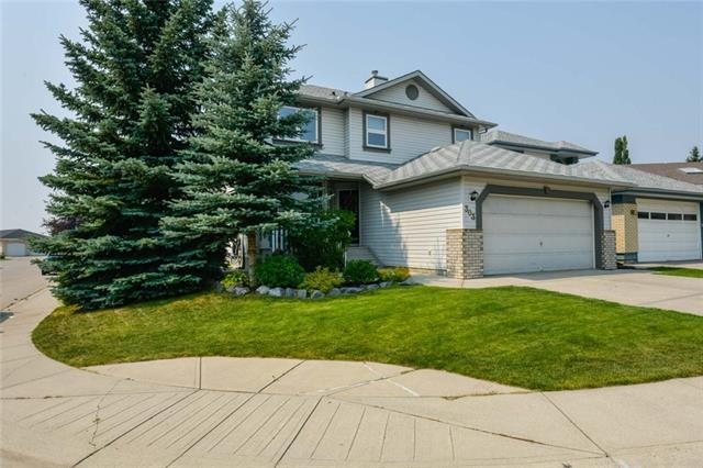 303 Sceptre Court NW, Calgary, AB T3L 1Y3 (#C4200845) :: The Cliff Stevenson Group