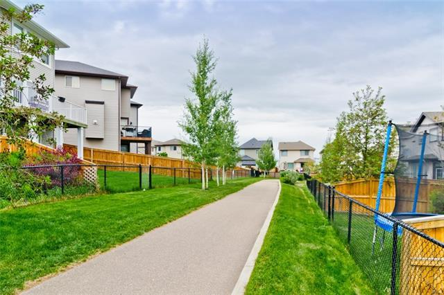 31 Sage Valley Green NW, Calgary, AB T3R 0H6 (#C4200872) :: Canmore & Banff