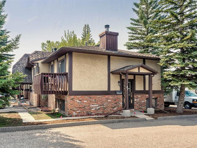 47 Storybook Gardens NW, Calgary, AB T3G 1Y3 (#C4200944) :: Canmore & Banff