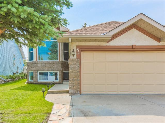 82 Somerset Close SW, Calgary, AB T2Y 3C4 (#C4200956) :: The Cliff Stevenson Group
